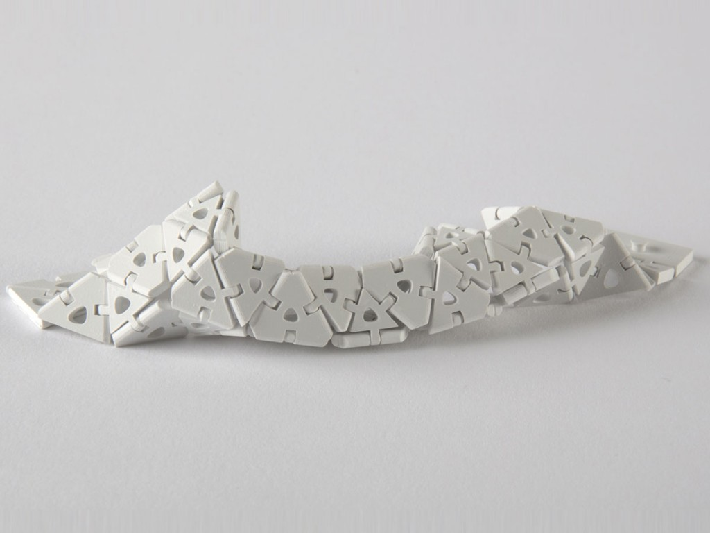 3D-printed-ceramic-end-use-parts-jewelry